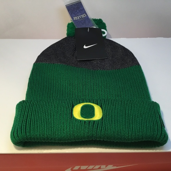 save off 37b3c 07f48 Nike Oregon Ducks Winter Hat Adult Beanie
